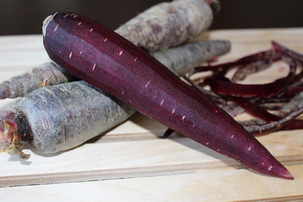 carote viola con e senza buccia