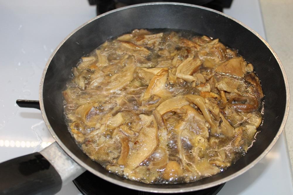risotto topinambur e funghi come cucinare i funghi