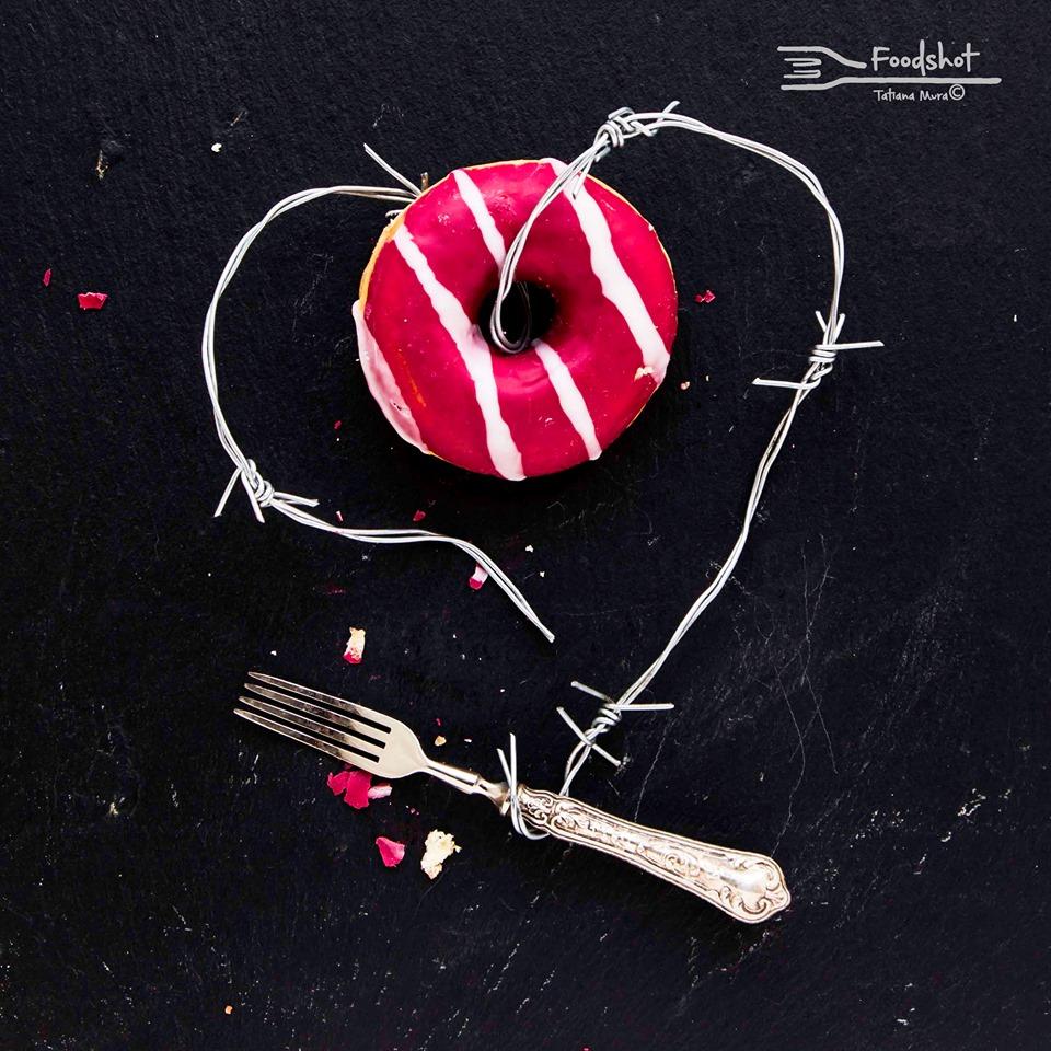 cuore con ciambella mostra food photography di Tatiana Mura