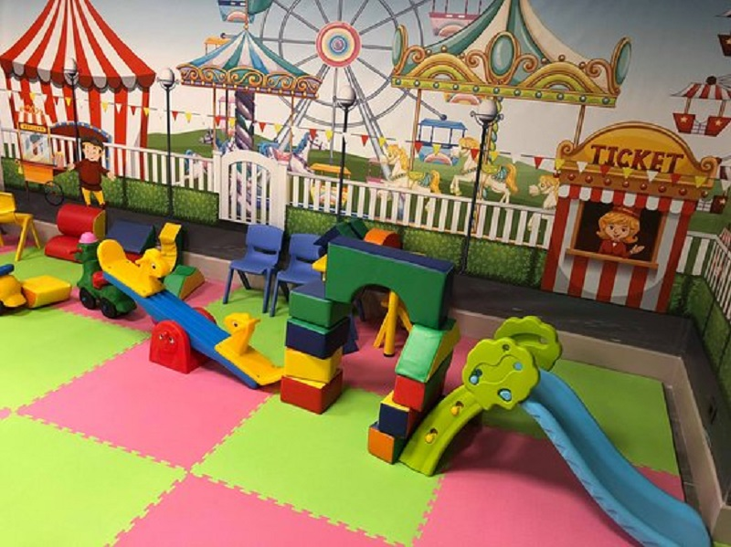 ristoranti con area bimbi interno zona giochi