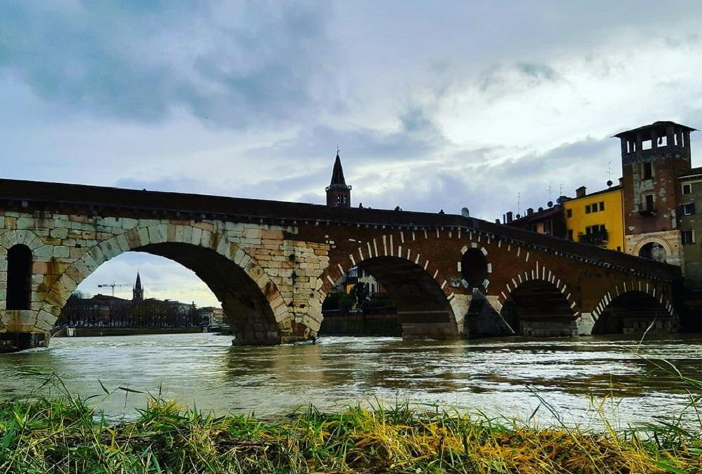ponte Pietra per Enogastronomia a Verona