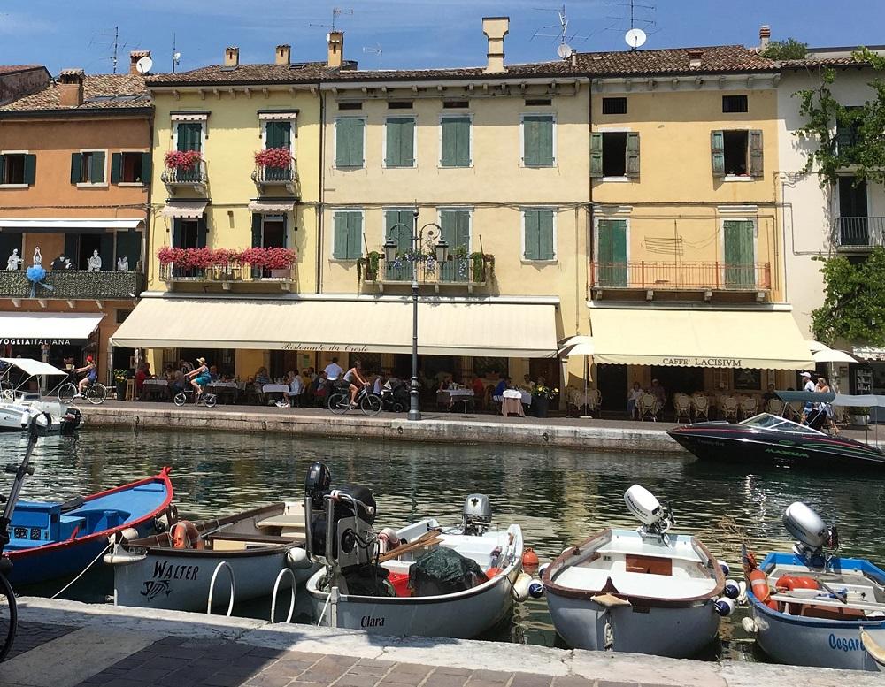 taverna da Oreste a Lazise uno dei migliori ristoranti di pesce a Verona e dintorni