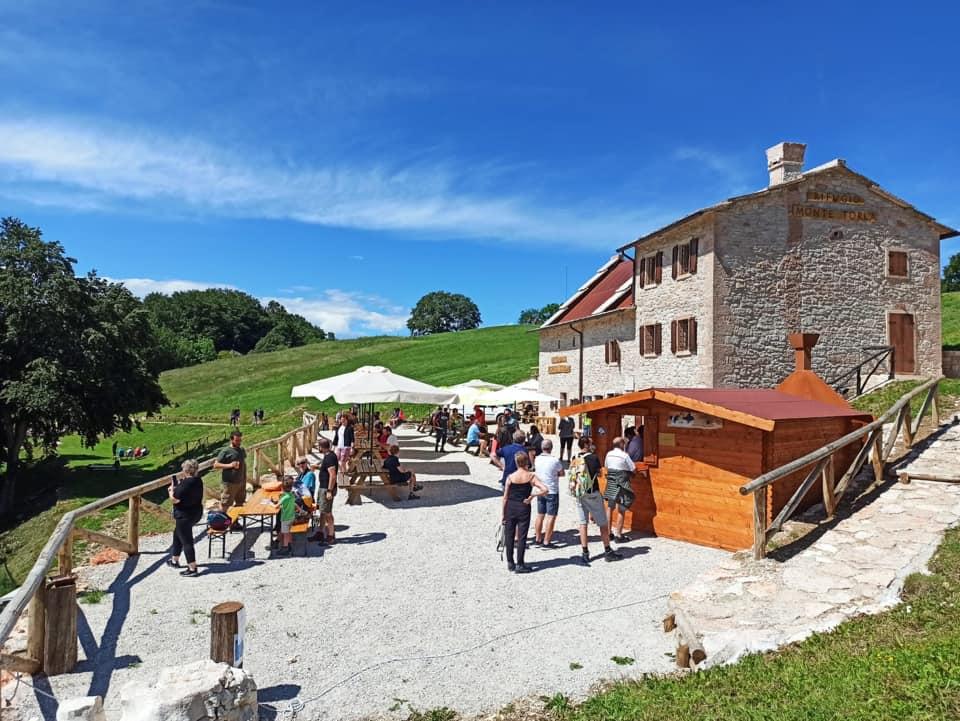 malghe e rifugi veronesi: Monte Torla